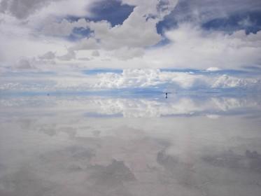 ウユニ塩湖,行き方